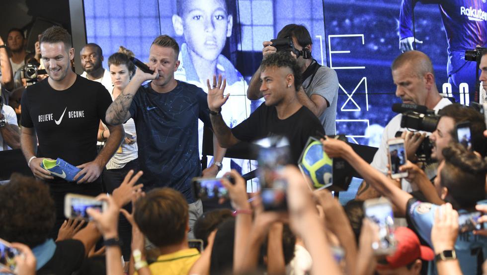 بارسلونا - نایکی - Neymar