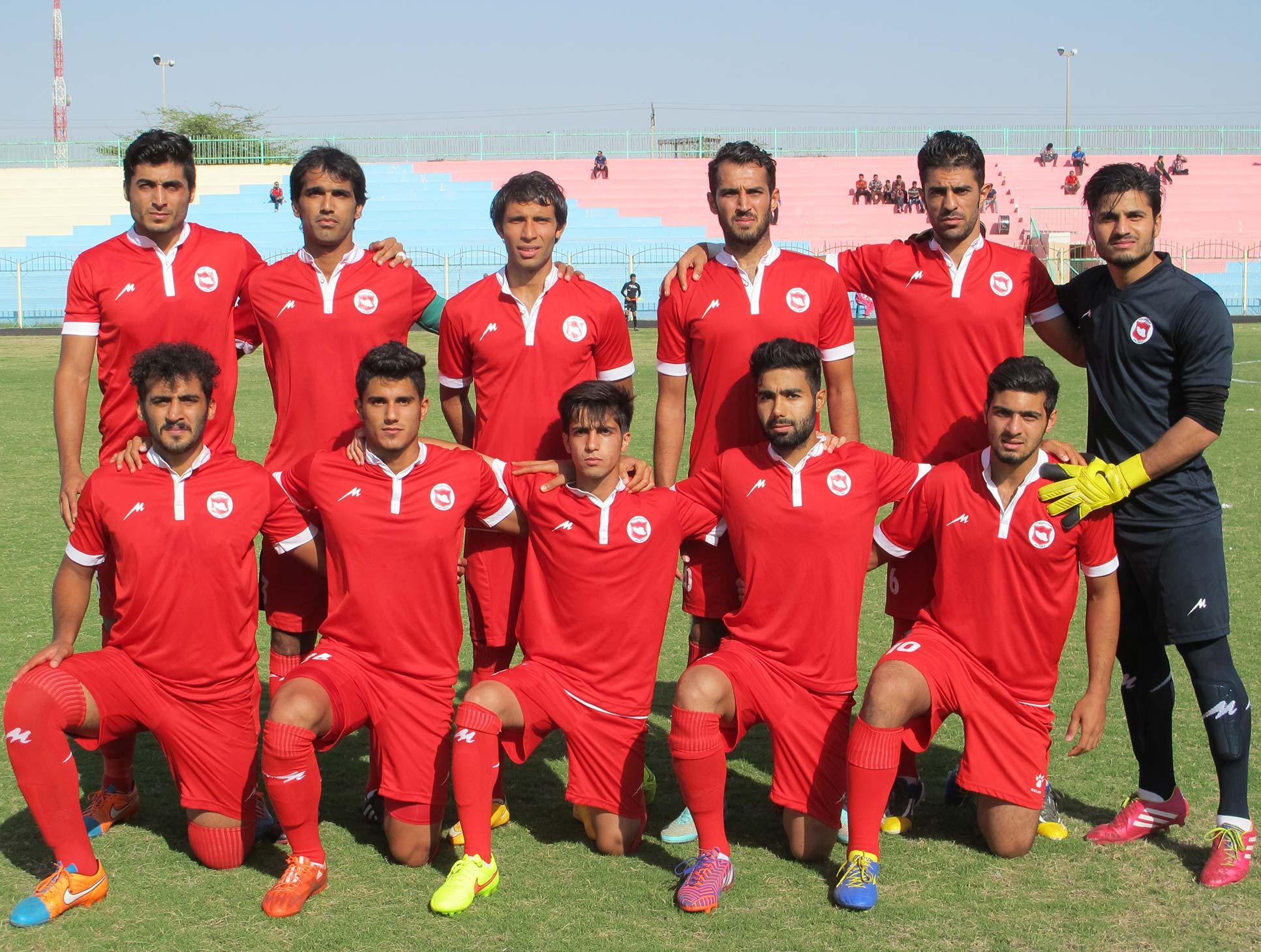 ۵ بازیکن ایرانجوان بوشهر اخراج شدند | طرفداری