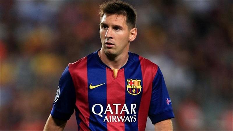 رومنیگه: مسی باید در بارسلونا بماند
