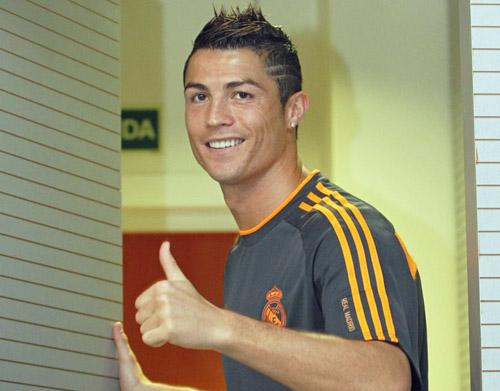 کریستیانو رونالدو: اگر توپ طلا را نبرم دنیا به آخر نمی رسد