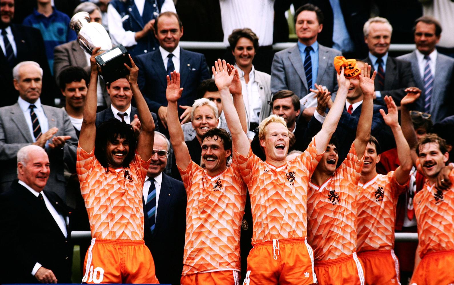 تاریخچه مسابقات یورو (8)؛ یورو 1988